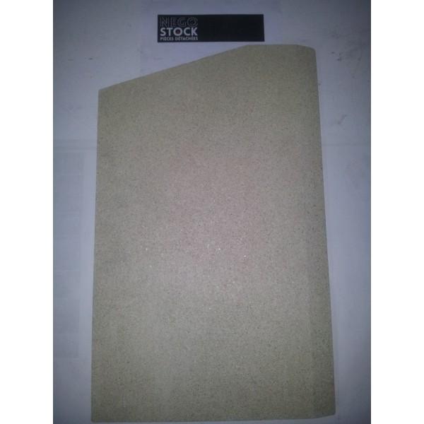 BRIQUE DROITE P0052210